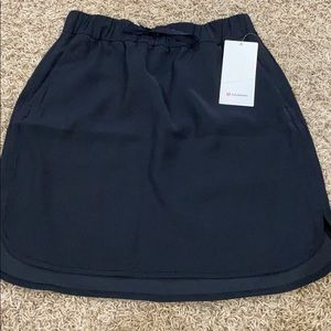 Lululemon skirt size 10.